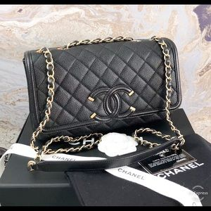 Chanel Caviar Quilted Medium Filigree Flap Bag